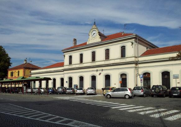 Stazione di Ivrea